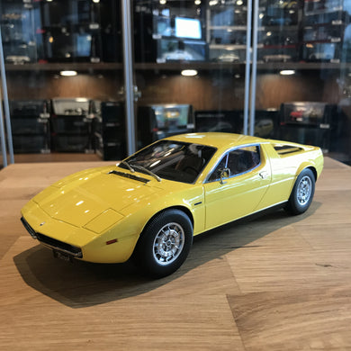 MINICHAMPS 1/18 MASERATI MERAK 1974 YELLOW 107123760