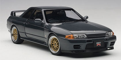 AUTOART 1/18 NISSAN SKYLINE GT-R (R32) V-SPEC II TUNED VERSION (GUN GREY METALLIC) 77417