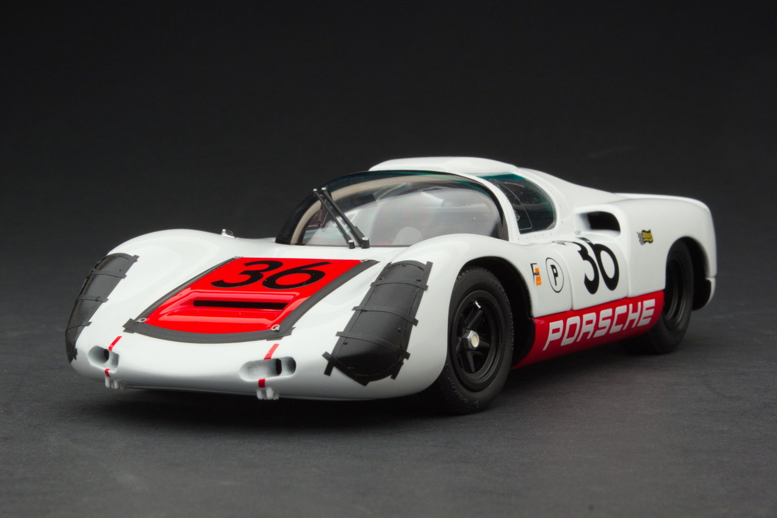 EXOTO 1/18 1967 Porsche 910 #36 Sebring Winner Diecast Model Car MTB00066B