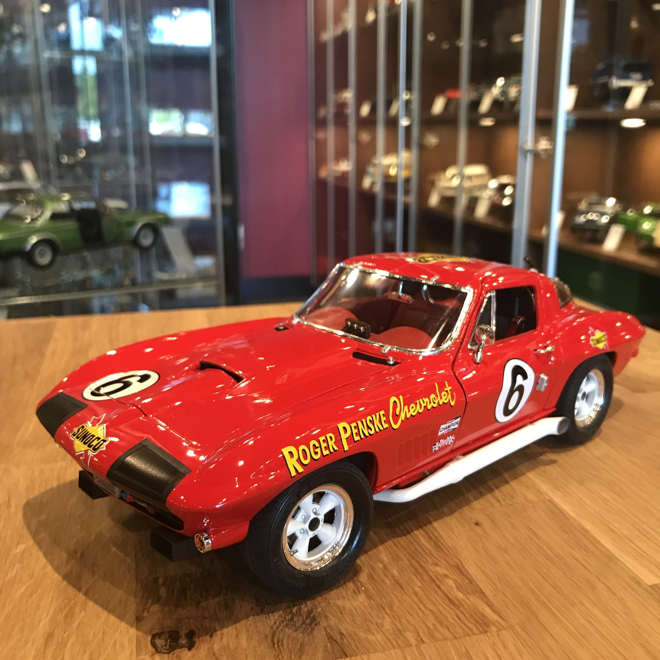 Exoto 1/18 1967 Exoto Corvette Sting Ray Competition #6 Class Winner Daytona 24 Hours Diecast Model Car MTB00074