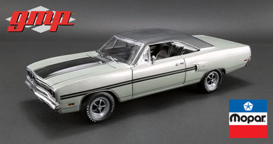GMP 1:18 1970 Plymouth GTX - Silver Metallic with Black Vinyl Top GMP-18895
