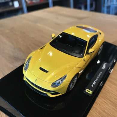 HotWheels 1/43 Elite Ferrari F12 Berlinetta Yellow X5500