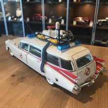 HotWheels 1/18 Cadillac Ecto 1 Movie Car Ghostbusters 1989 BCJ75