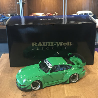 AUTOART 1/18 RWB 993 (GREEN/GUN GREY WHEELS) 78151