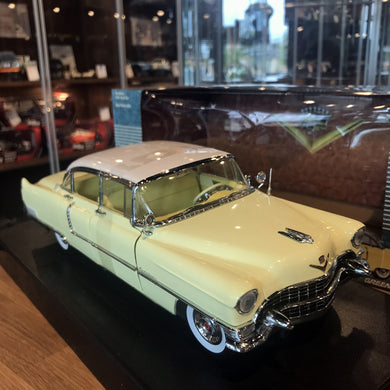 GreenLight 1/18 1955 Cadillac Fleetwood Series 60 Yellow 12937