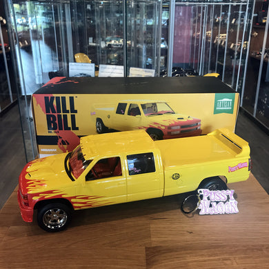GreenLight 1/18 1997 Chevrolet Silverado C2500 Kill Bill