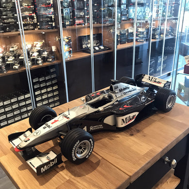 MINICHAMPS 1/8 MCLAREN  MP4/14 WORLD CHAMPION 1999 #1 MIKA HAEKKINEN 080990001