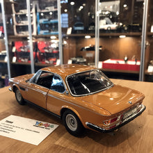 MINICHAMPS 1/18 BMW 3.0 CSI (E9) COUPÉ 1972 GOLD METALLIC 180029027