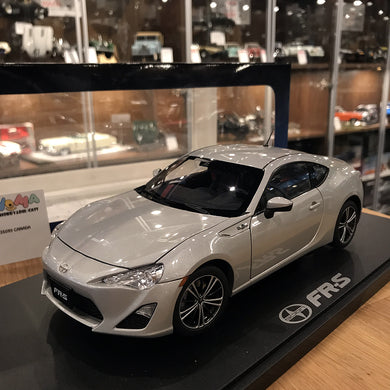 AUTOART 1/18 TOYOTA SCION FR-S (NORTH AMERICAN VERSION/LHD)(SILVER METALLIC) 78778