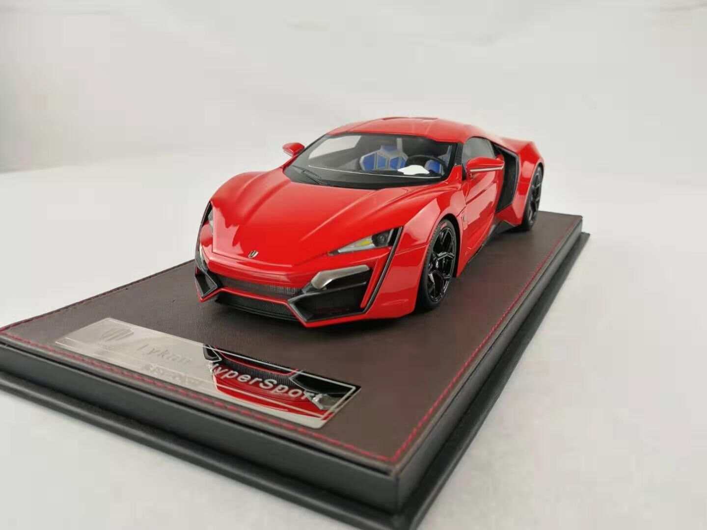 Frontiart 1/18 W Motor Lykan Hypersport Red F030-06