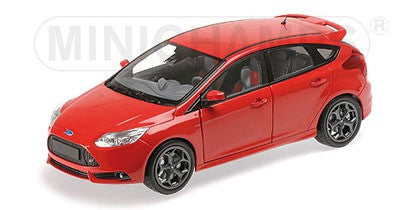 MINICHAMPS 1/18 FORD FOCUS ST 2011 RED
