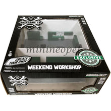 GreenLight 1/64 Green Machine Mechanic's Corner - Weekend Workshop - Plain White 57015