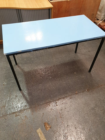 Of0190 - table / desk