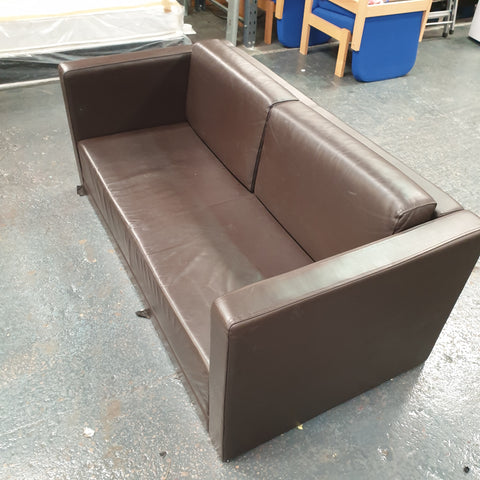 LV0913 - brown leather sofa
