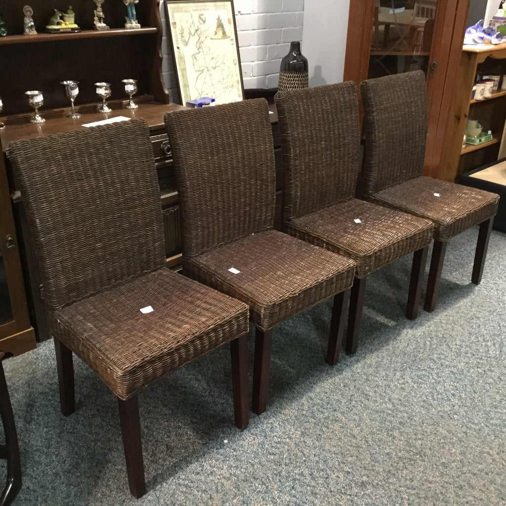 LV0405 - wicker chairs