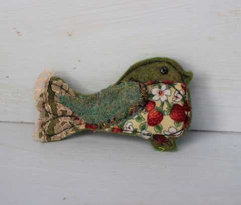 Little green berry bird brooch