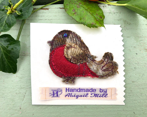 Robin Red Tweed brooch