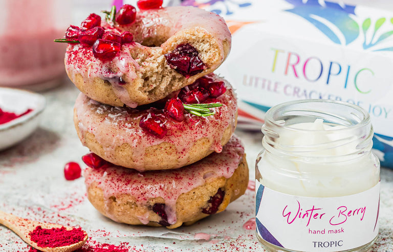 FESTIVE CRANBERRY DONUTS