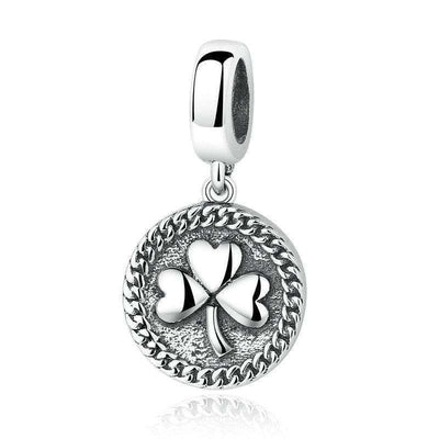 Clover Round Shaped Leave Charm