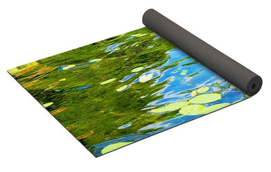 De Luxe Yoga Mat 'The Pond' designed by Jump In Trend