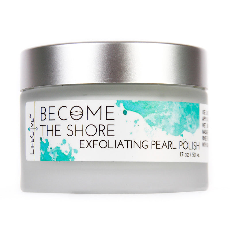 BECOME THE SHORE - Exfoliating Pearl Polish exfoliates the skin and contains properties which reduces swelling after water retention, and is anti-inflammatory.