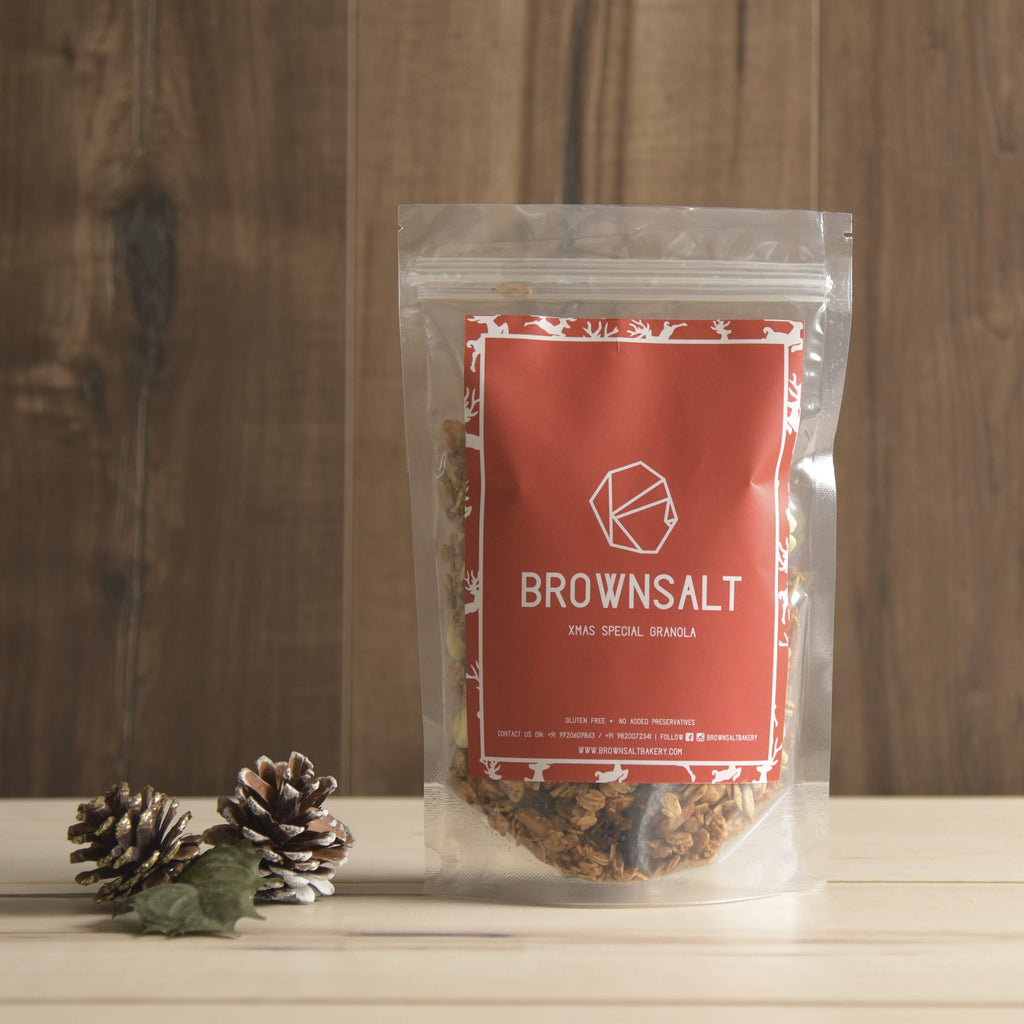 Christmas Special Granola ( Gingerbread Flavour with White chocolate + Cranberries)