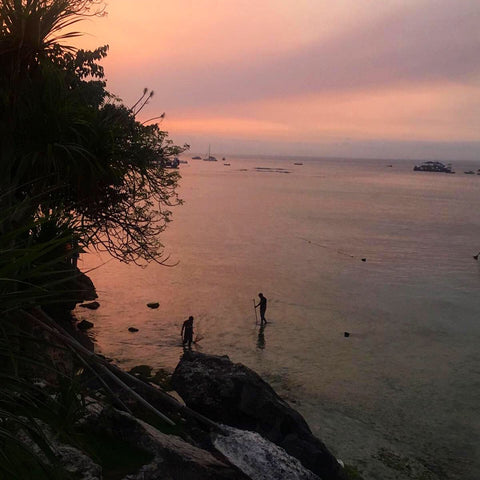 Making the most of 3 weeks Island hopping in Indonesia - sunset nusa lembongan