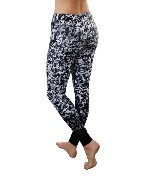 Poppy black and white premium luxe yoga pants