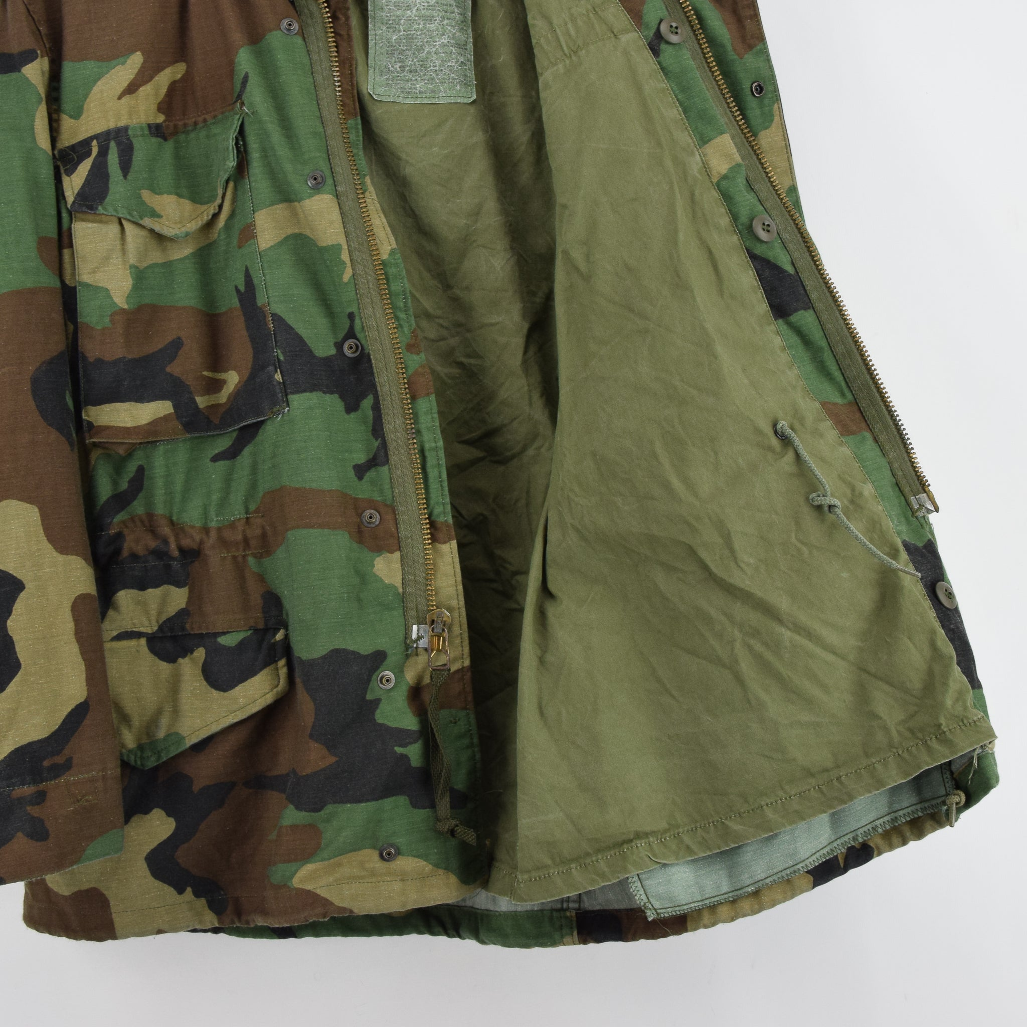 Vintage 80s Alpha Industries M-65 Woodland Camouflage Field Coat Army Jacket S lining