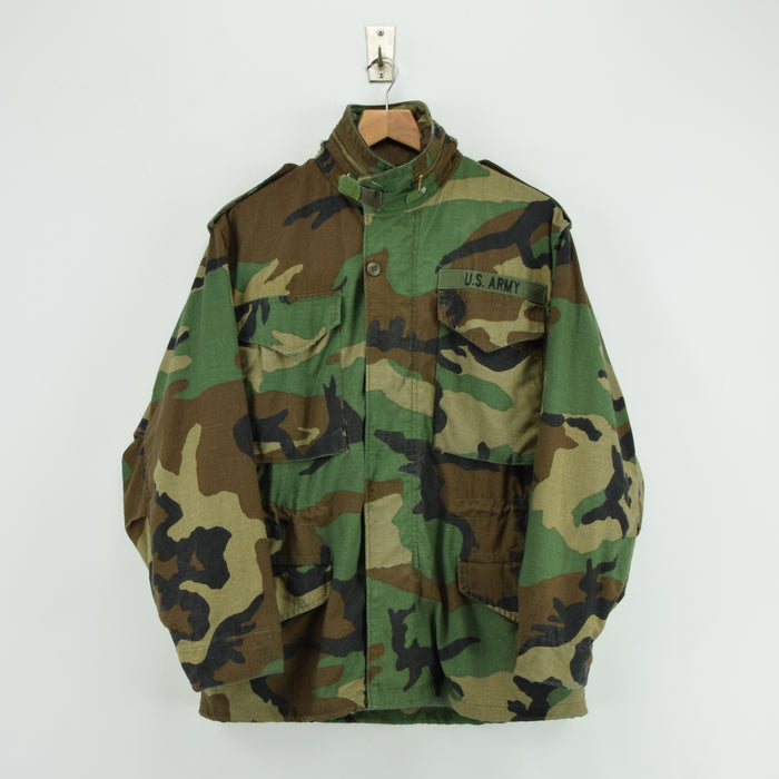 Vintage 80s Alpha Industries M-65 Woodland Camouflage Field Coat Army Jacket S front