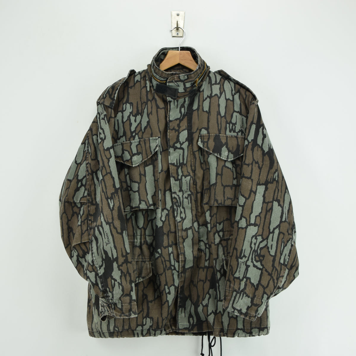 Vintage M-65 Alpha Industries Trebark Camouflage Field Coat Army Jacket M Reg front