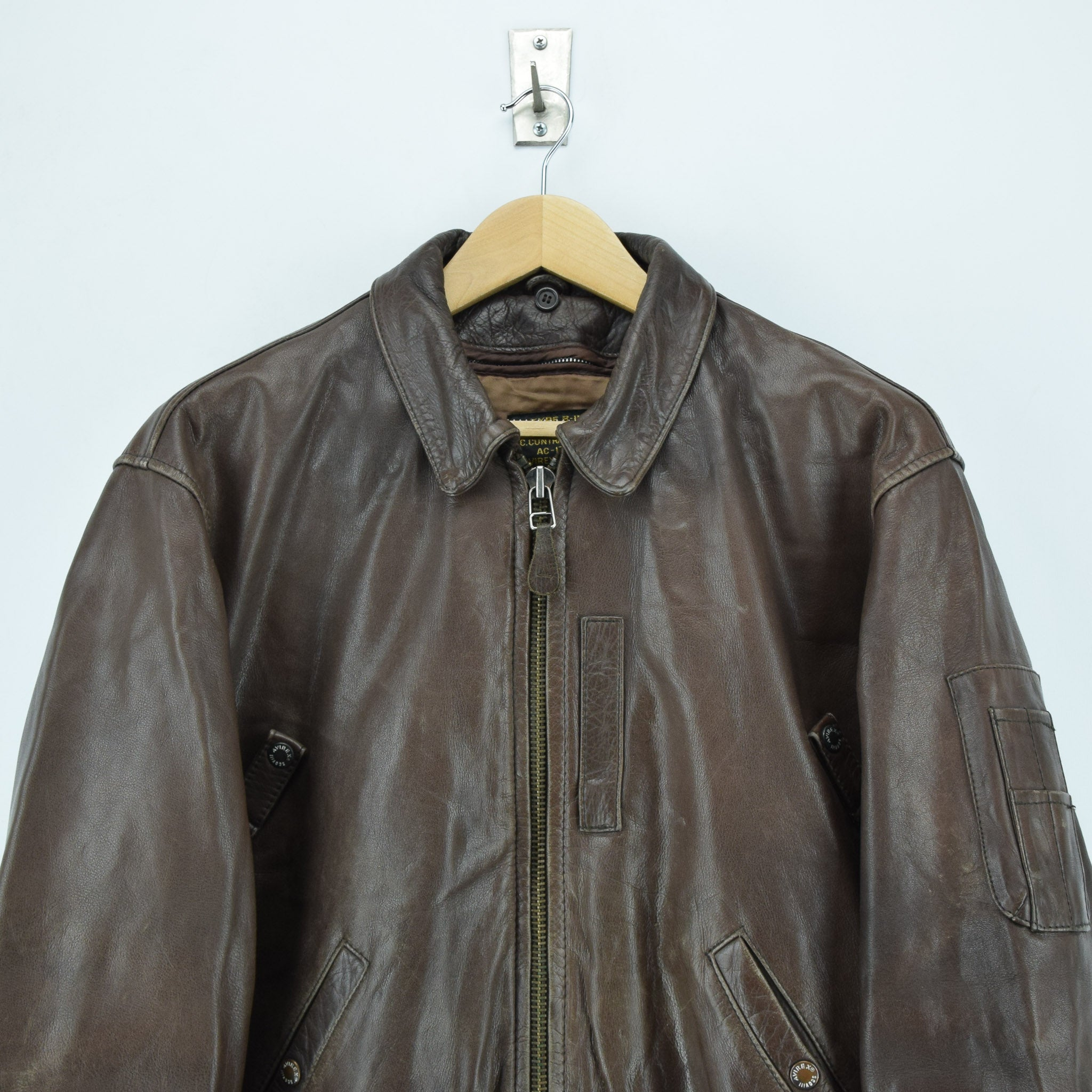 Vintage Avirex B-15 Brown Leather Flight Bomber Jacket L chest