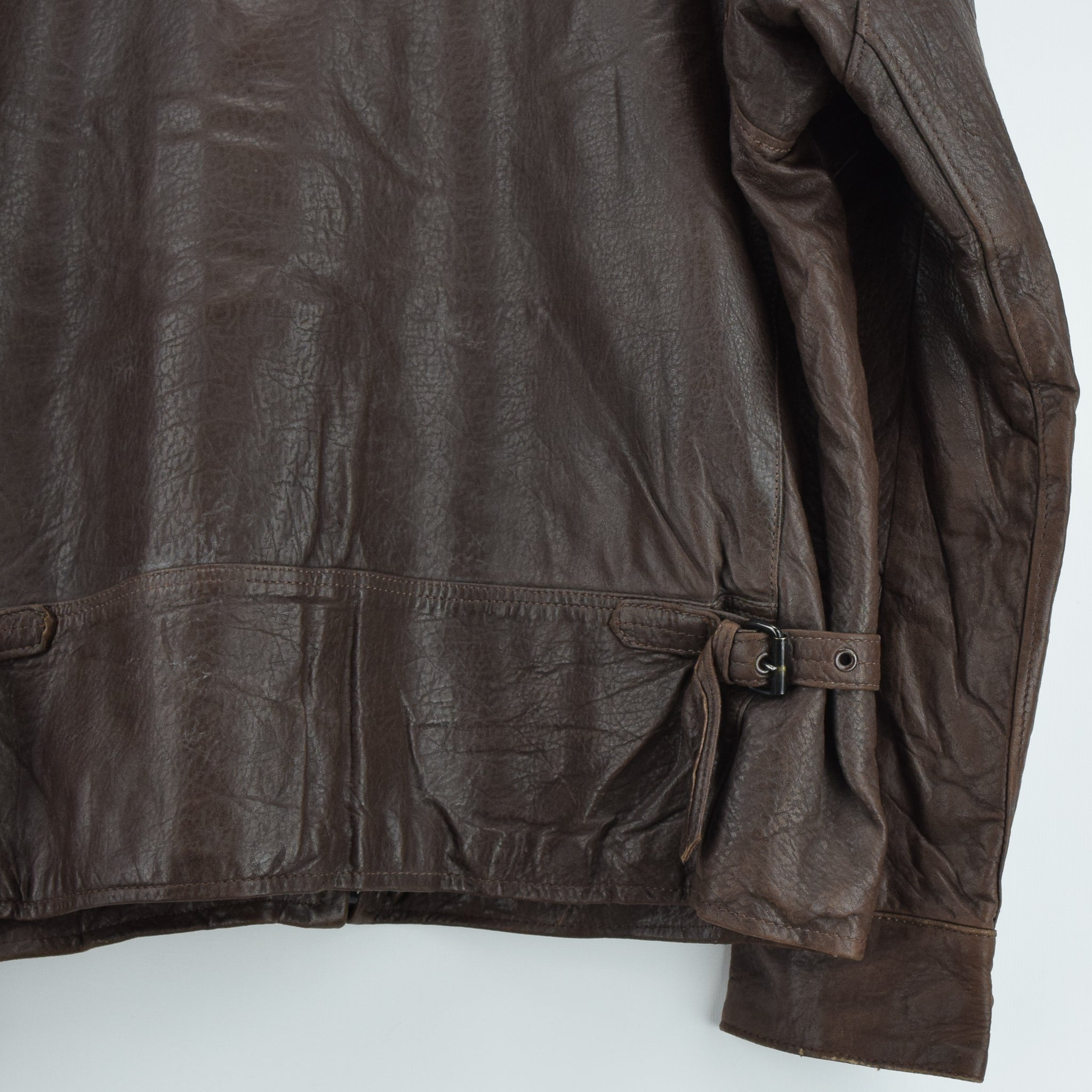 Vintage Banana Republic Brown Leather Bomber Biker Style Jacket Made in USA L back hem