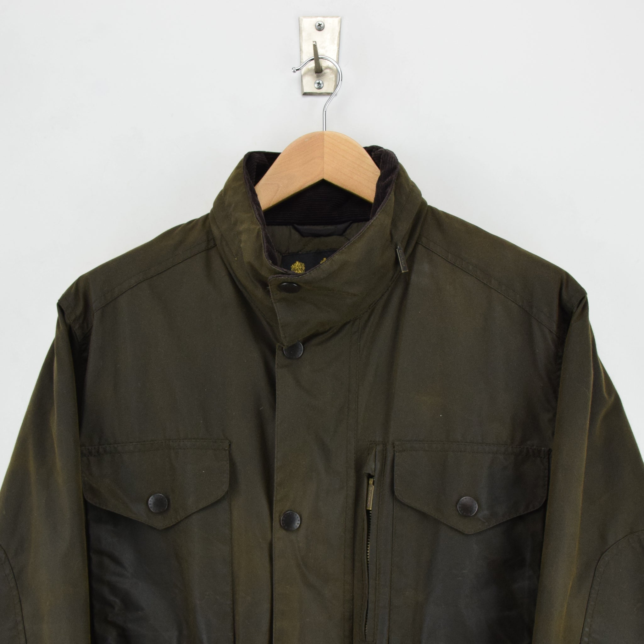 Barbour A342 Sapper Olive Green Wax Jacket Army Style Coat L chestt