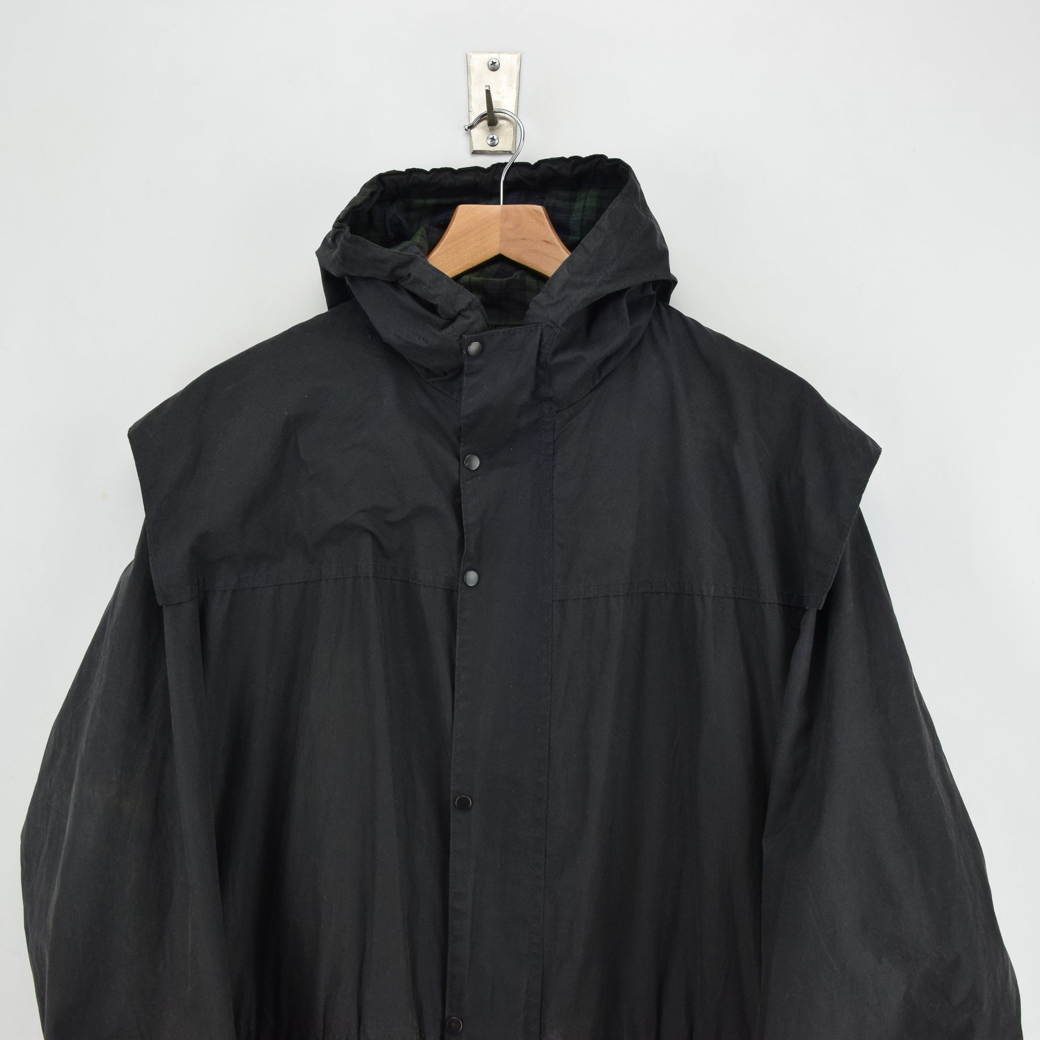 Vintage Barbour A6 Lined Durham Black Hooded Wax Jacket Coat Made In UK L chest