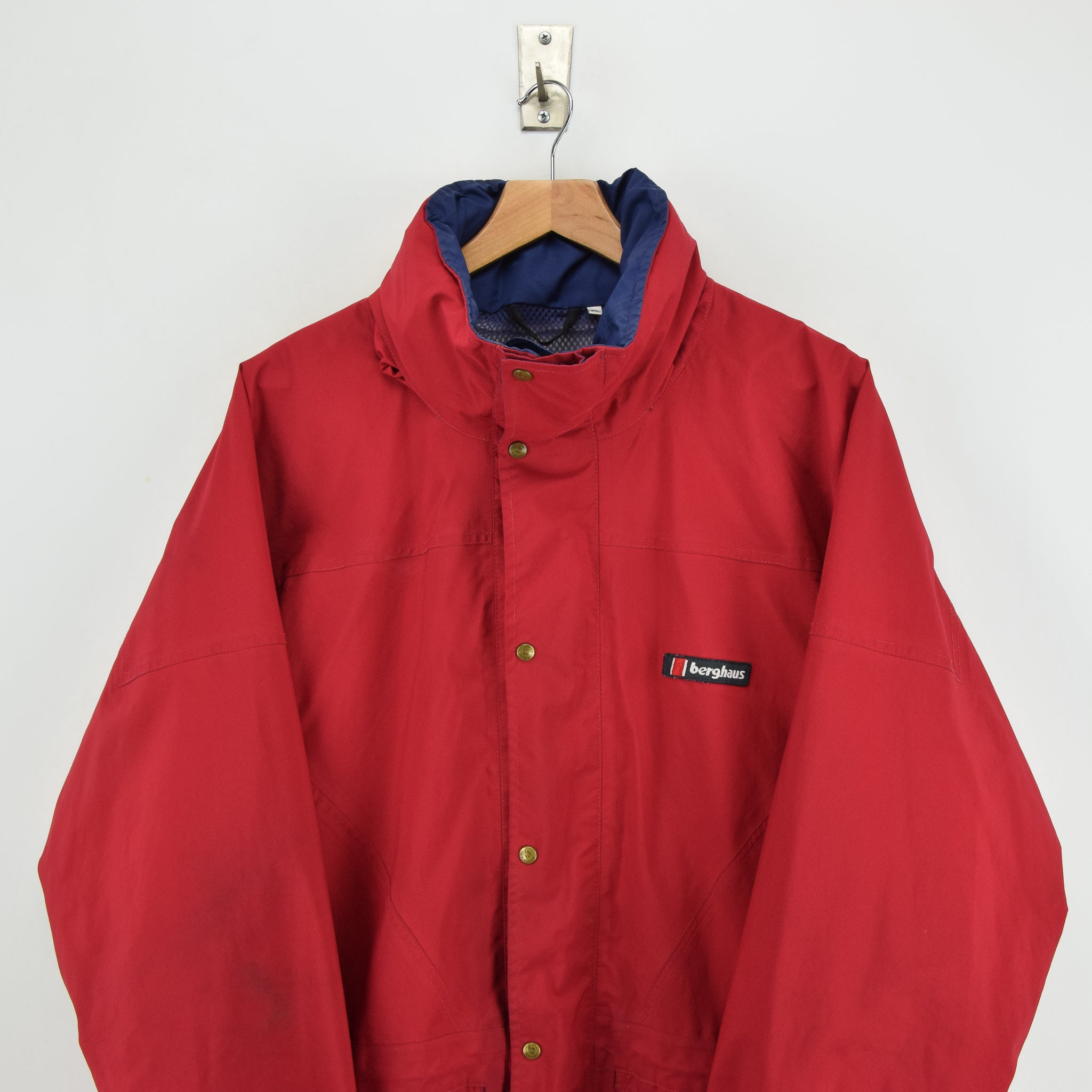 Vintage Berghaus Cornice Red Goretex Waterproof Outdoor Jacket XL chest