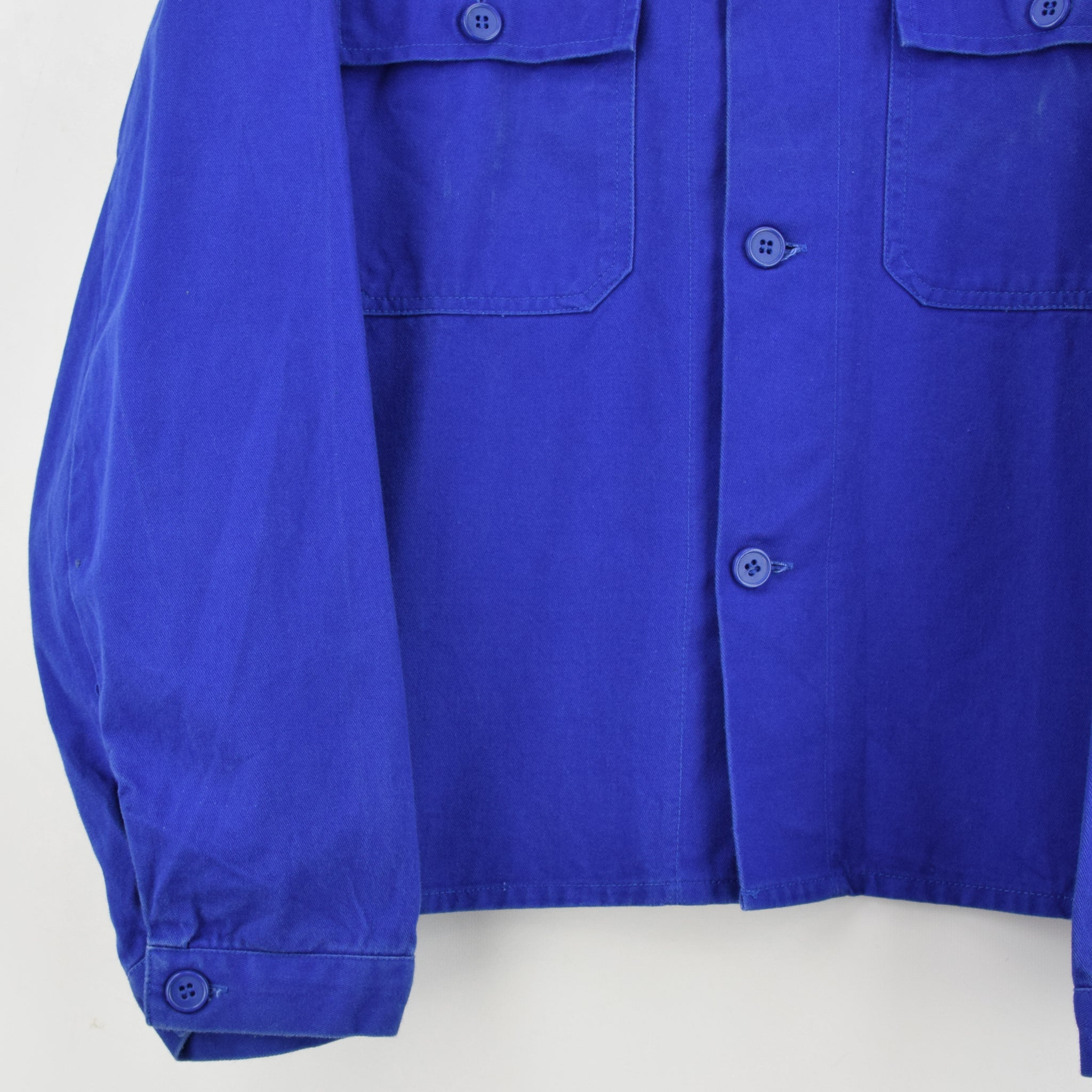 Vintage Bright Blue French Style Worker Sanforized Chore Shirt Jacket M / L front hem