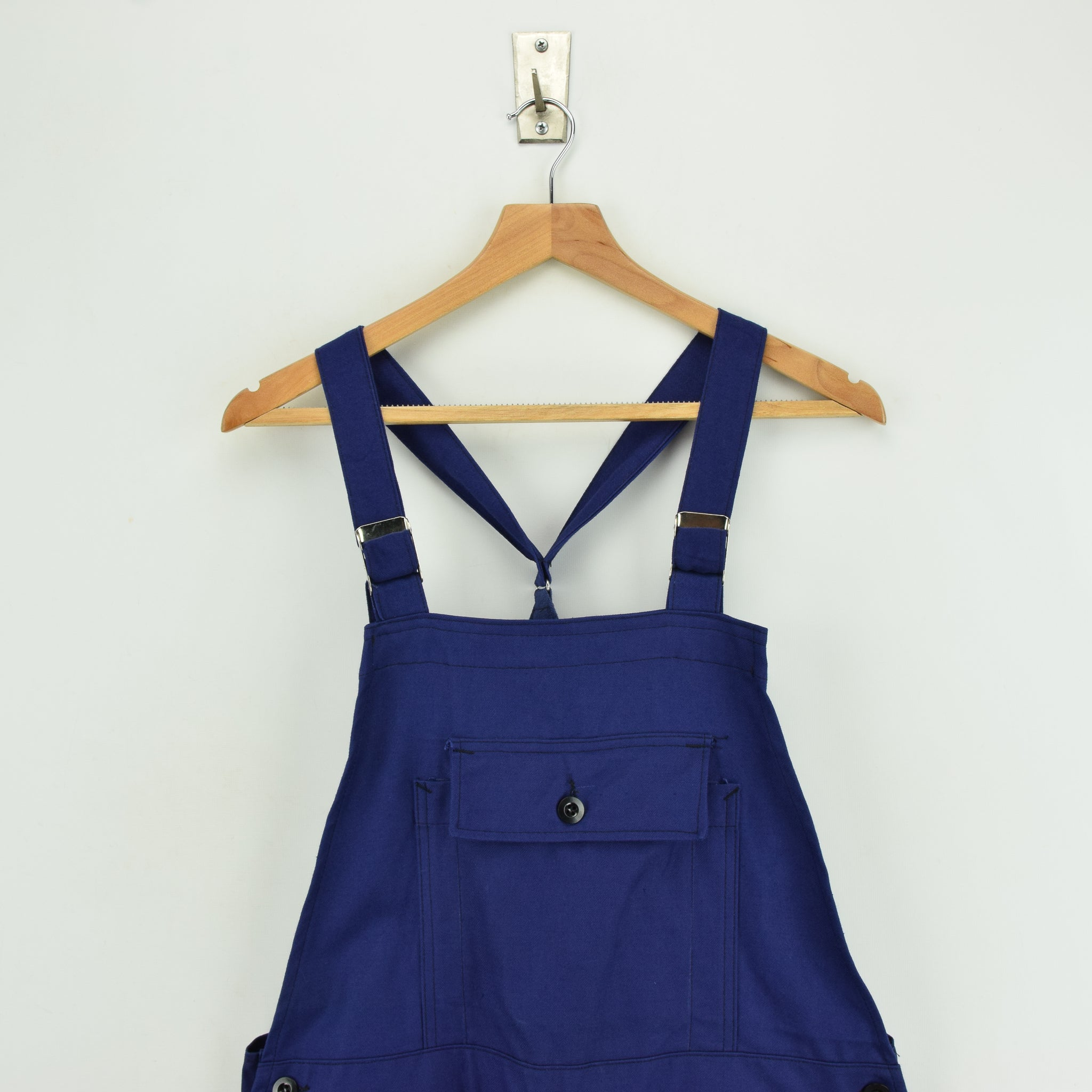Vintage French Deadstock Workwear Dungarees Indigo Blue Overalls Trousers S front chest