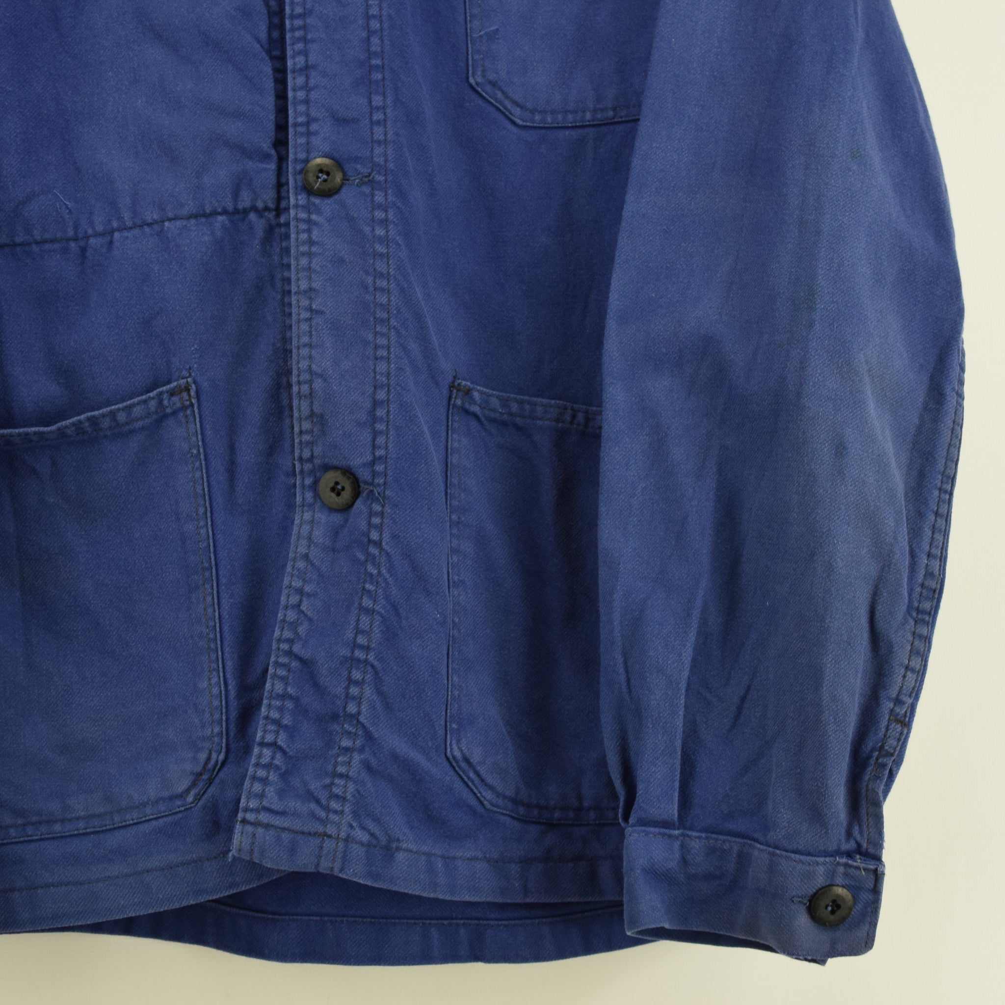 Vintage Washed Blue French Worker Sanforized Cotton Chore Jacket M front hem
