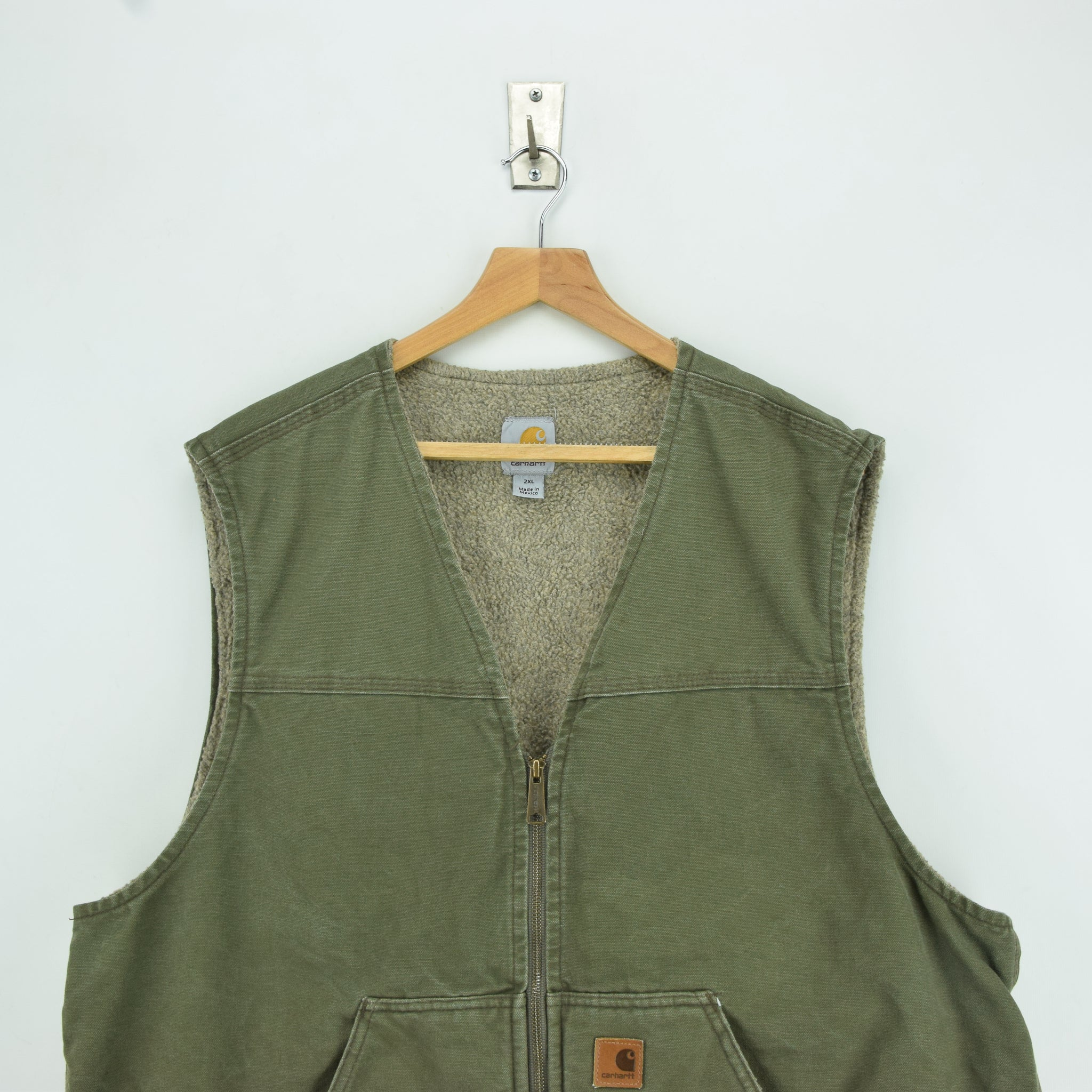 Vintage Carhartt Green Gilet Duck Canvas Cotton Waistcoat Vest Sherpa Lined XXL chest