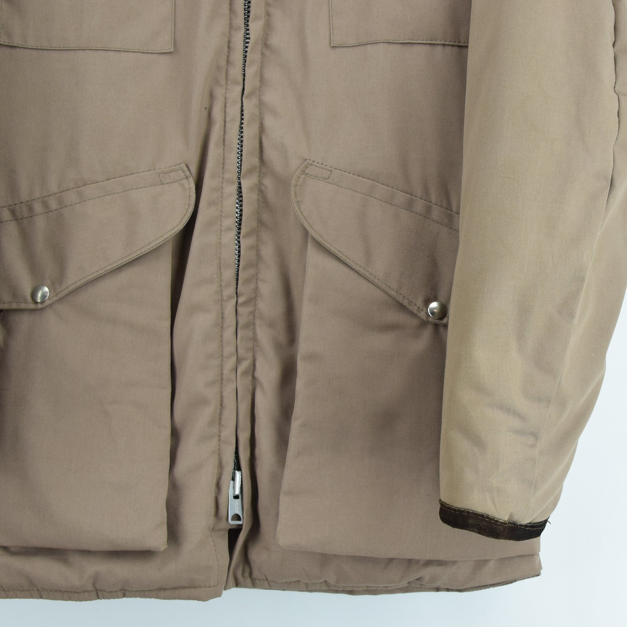Vintage 70s 10-X Mfg Co USA Quilted Hunting Shooting Jacket Talon Zip XS / S front hem