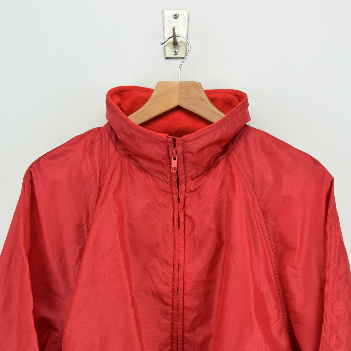 Eddie Bauer Red Hooded Nylon Ripstop Packaway Cagoule Jacket L chest