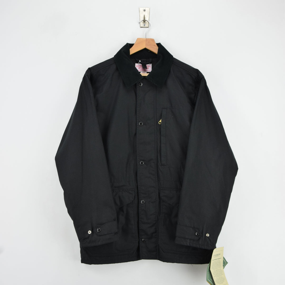 Filson Cover Cloth Mile Marker Coat Black Wax Cotton Jacket Made in USA M front