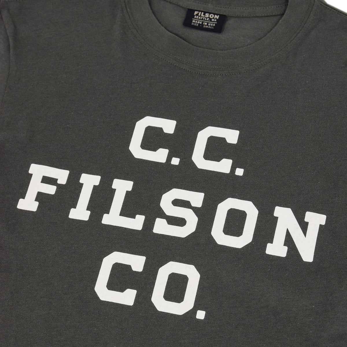Filson Lightweight Graphic Outfitter T-Shirt Charcoal graphic