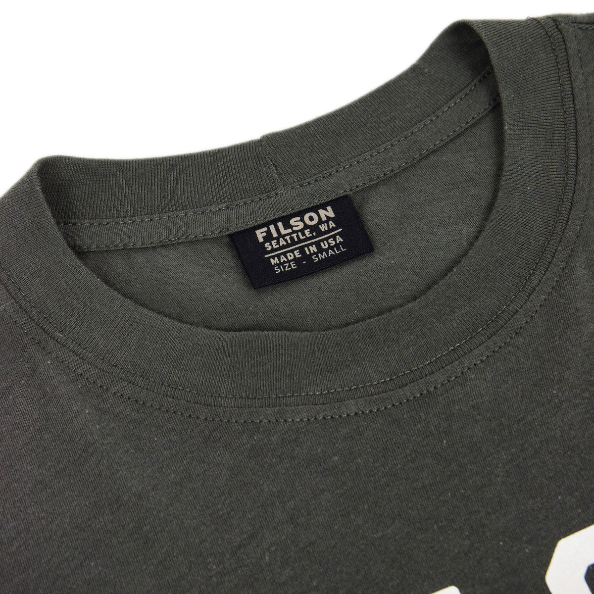 Filson Lightweight Graphic Outfitter T-Shirt Charcoal collar