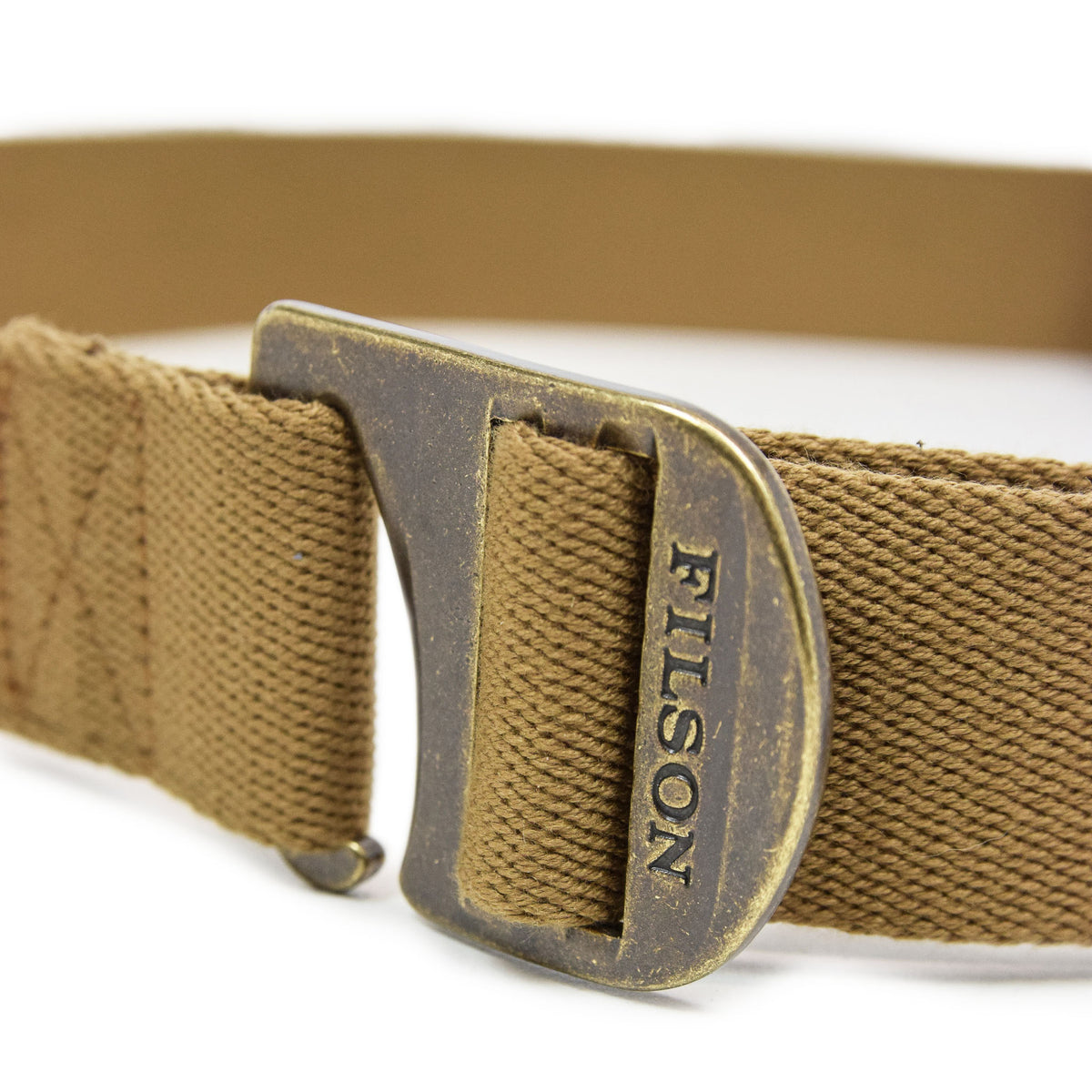 Filson Togiak Belt Tan buckle closed
