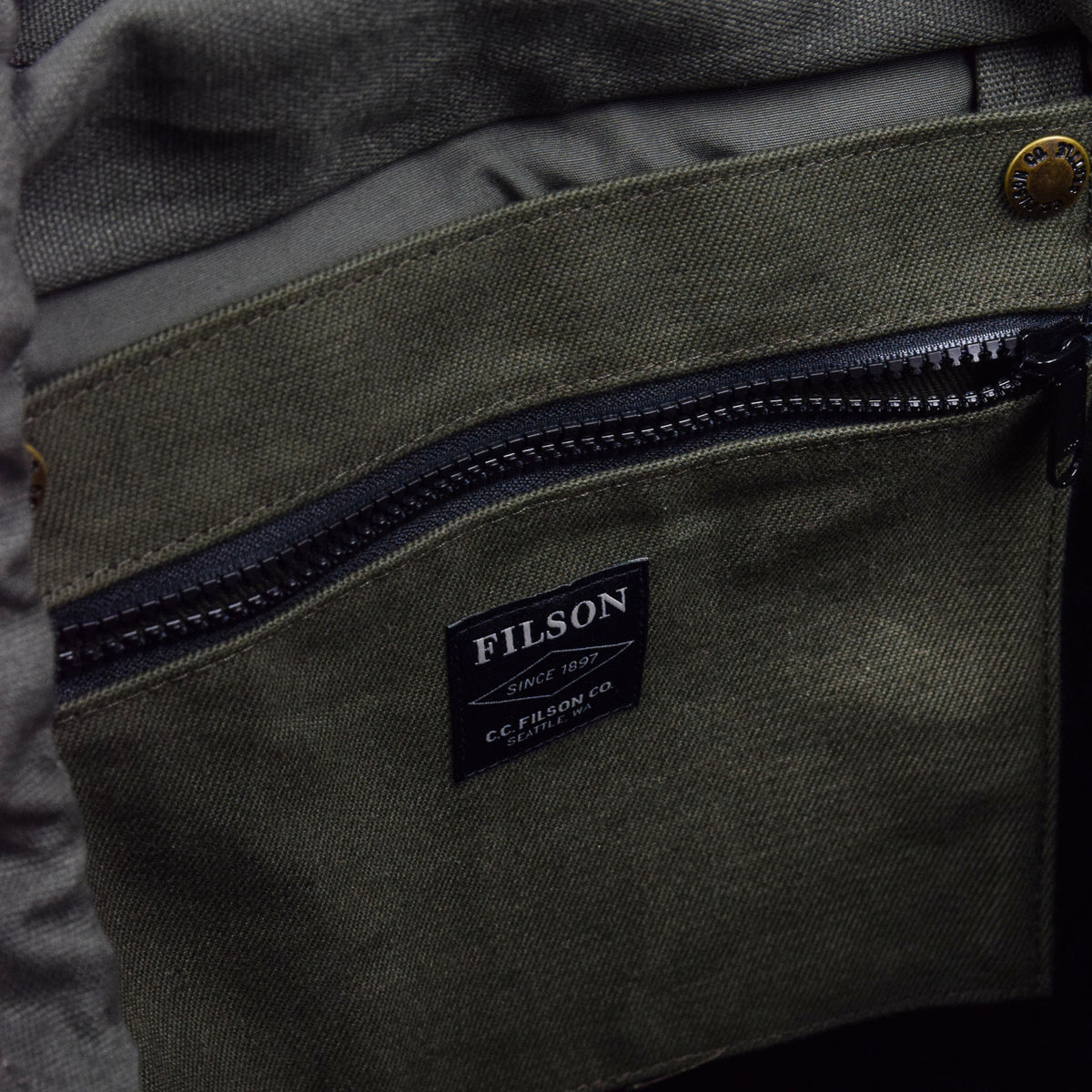 Filson Rugged Twill Ranger Backpack Otter Green Inside Detail