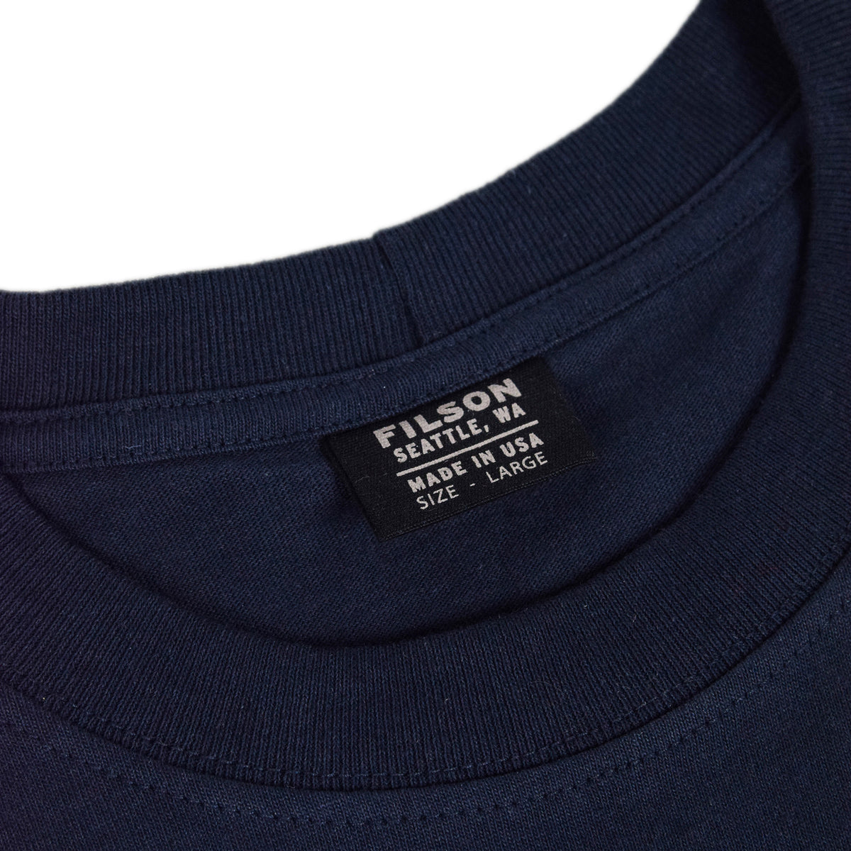 Filson Short Sleeve Outfitter One Pocket T-Shirt Dark Navy collar