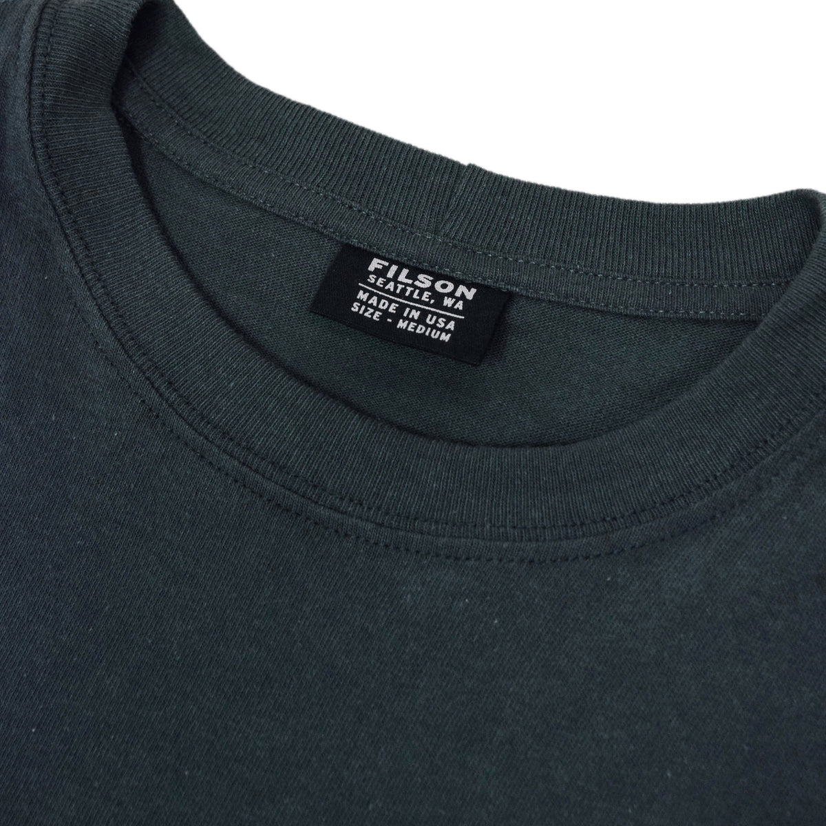 Filson Short Sleeve Outfitter One Pocket T-Shirt Ink Blue collar detail