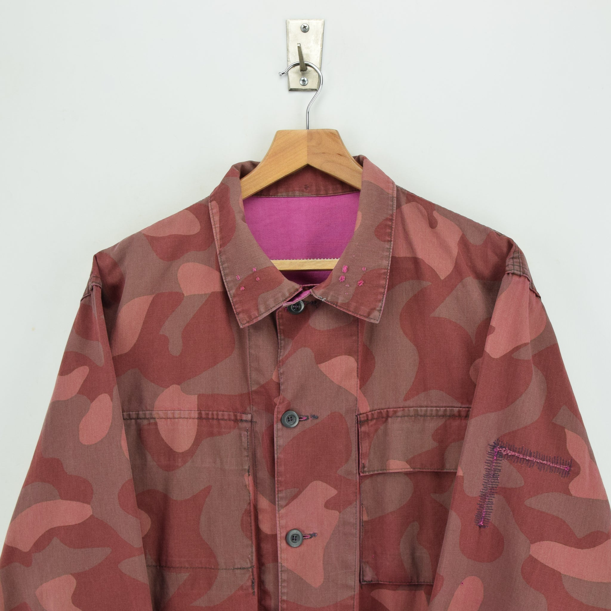 Vintage 70s Military Finnish Army Pink Overdyed Camo Mountain Field Jacket XL chest